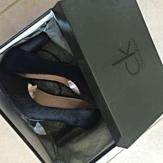 CK Black Heel
