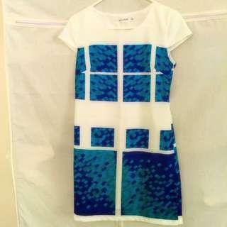 BNWOT Size M Premium Quality Dress