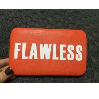 Colette Hayman FLAWLESS iPhone 5/5s Clutch
