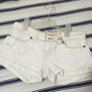 Size 10 Bubblegum White Short