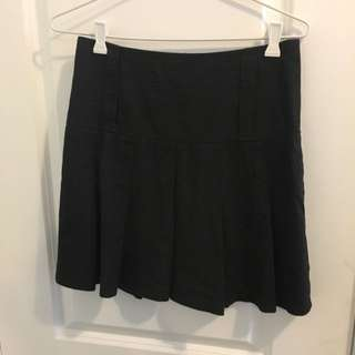 Cue Black Skirt w/ Light Red Pinstripe, sz6