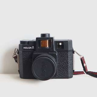 MOVING OUT SALE: Holga 120 CFN