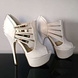 Gold Plated Ray Cutout Heels