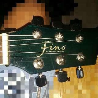 Fina吉他