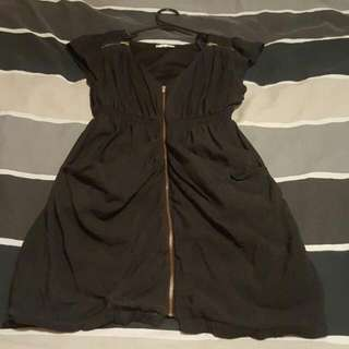 Ladies Size 10 Zipper Dress