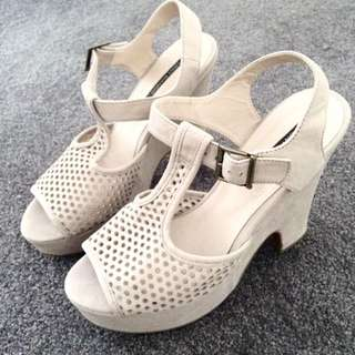 Tony Bianco Size7.5 Heels