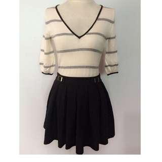 Forever 21 Pleated Skirt - US 24