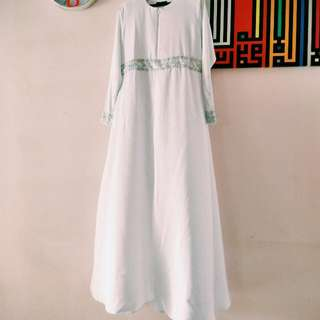 Jubah Dress With Lace