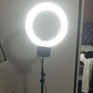 Diva Makeup Ring Light