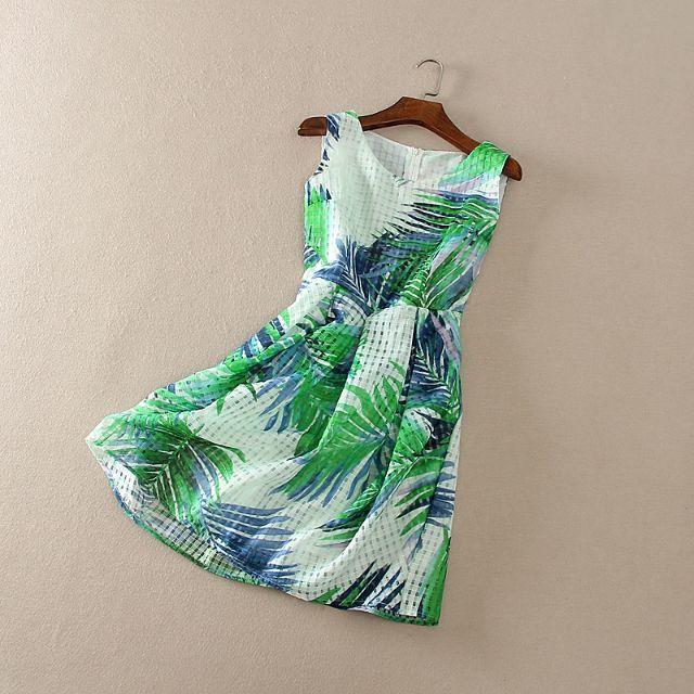 全新 時尚設計綠葉歐根紗無袖洋裝連衣裙(轉賣)