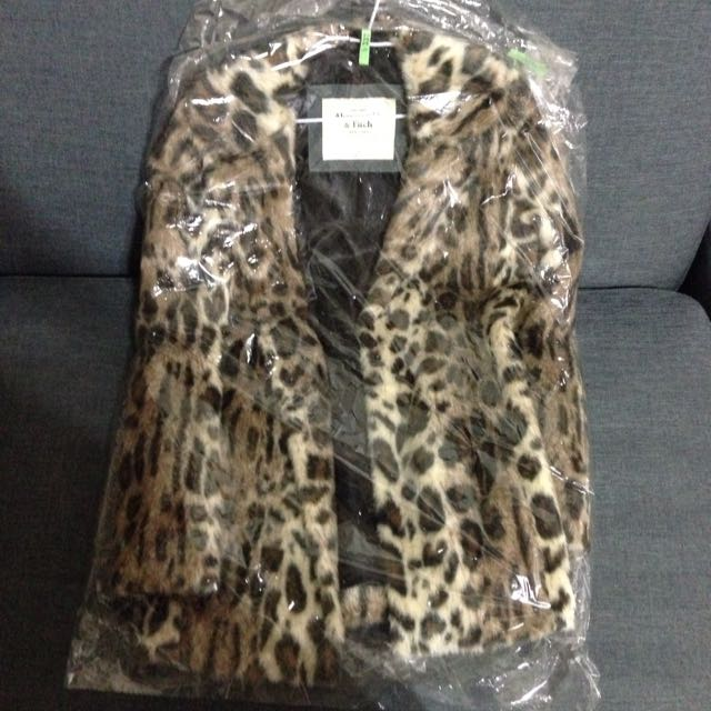 Abercrombie&Fitch Leanne Vegan Fur Coat 官網已停賣