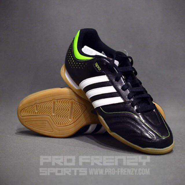 CLEARANCE  ADIDAS Futsal Shoes 11 QUESTRA e284ea19c