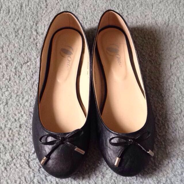 Black Sandals By Otto