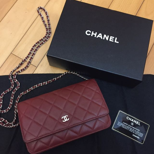 f20b7c2556388b 最後減價Chanel Wallet On Chain WOC Wine Red Color 銀鏈袋酒紅色, Luxury on Carousell
