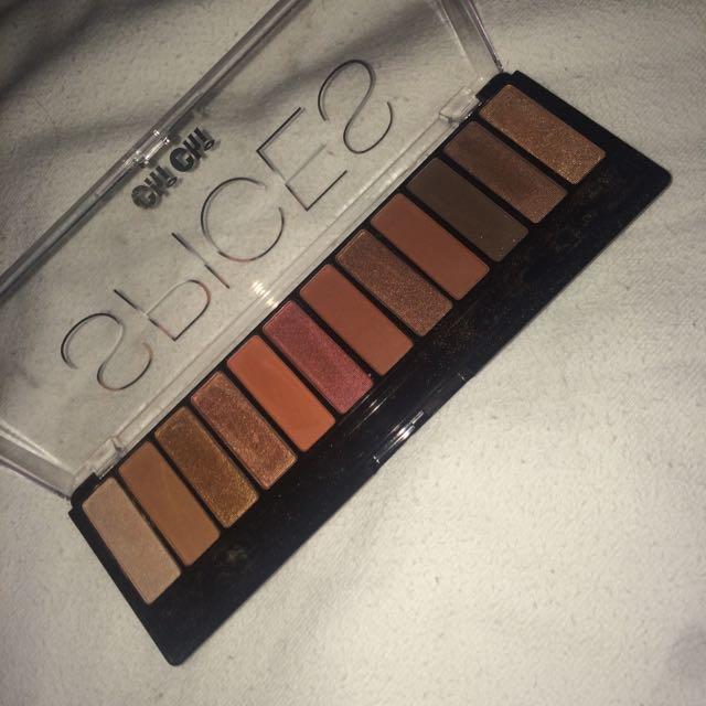 ChiChi Spices Eyeshadow Palette