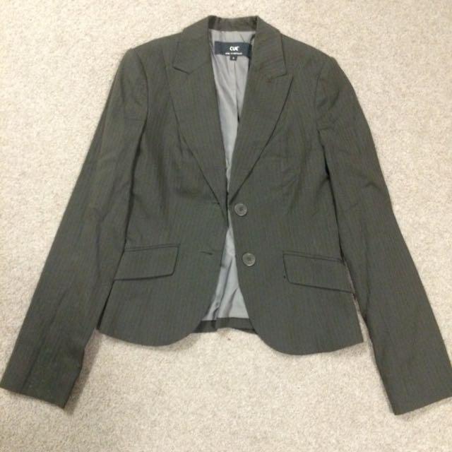 Cue suit jacket size 6