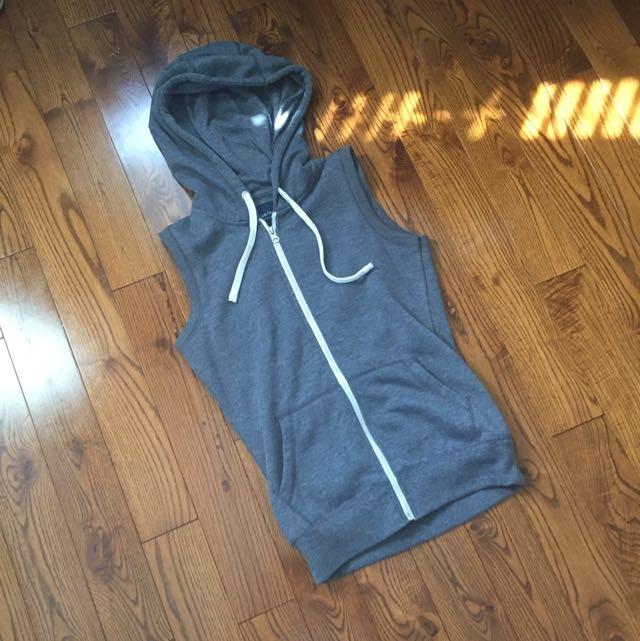 Dark grey sleeveless hoodie