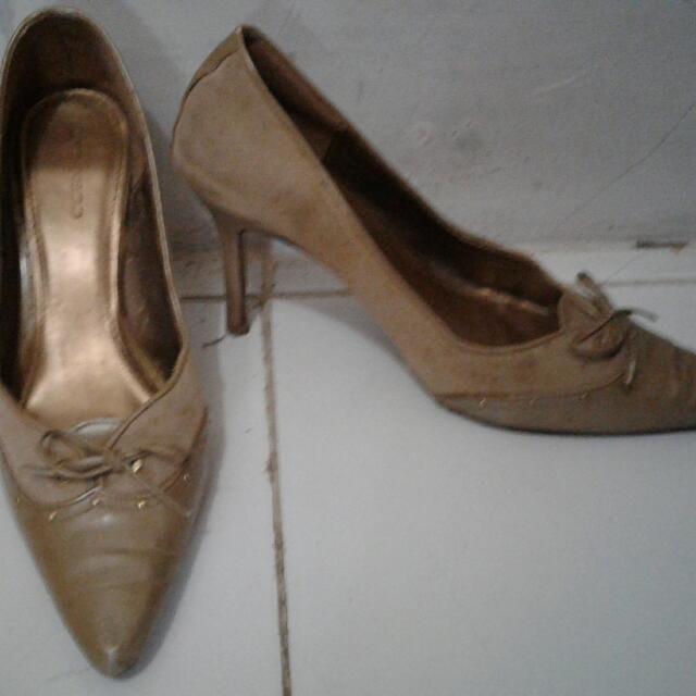 (freongkir) sepatu urban & co 38