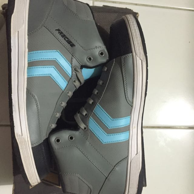 Precise Shoes Ukuran 43