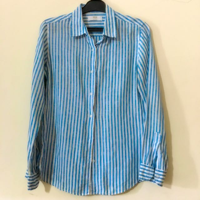 Uniqlo Bright Light Blue Shirt