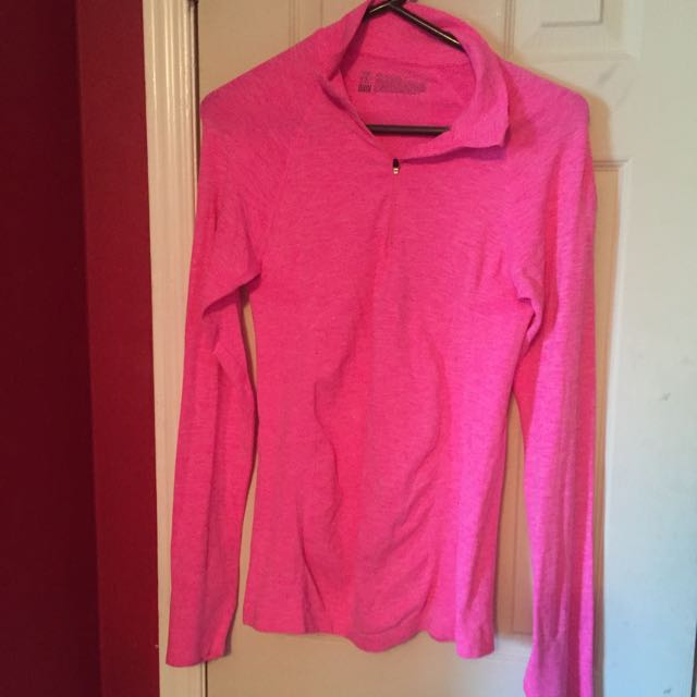 Victoria's Secret Running Top Size Large