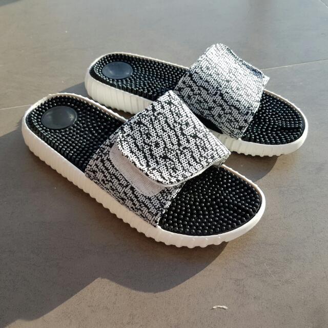 ace68e18a Yeezy 350 Slides Sandals