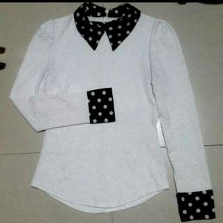 White Long Sleeves Top With Collar