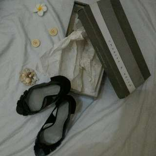Charles And Keith Preloved Mid-Heels