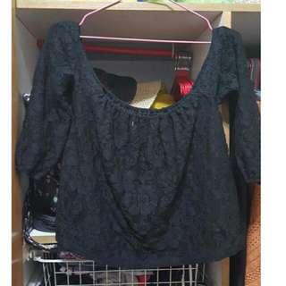 純黑蕾絲五分袖平口短版上衣