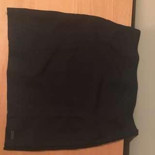 Black Short Guess Brand Bandage Skirt