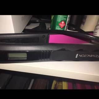 REMMINGTON HAIR STRAIGHTENER