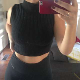 Ladies Medium Crop Knit