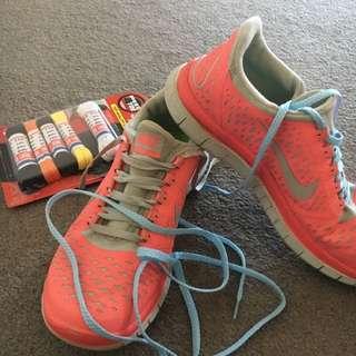 Nike Shoes Size 7