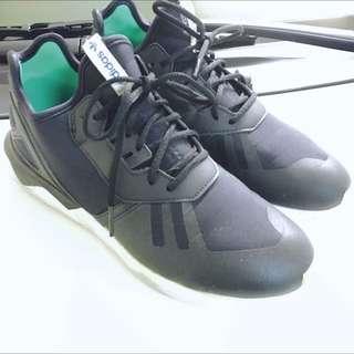 Adidas Tubular 黑底綠標