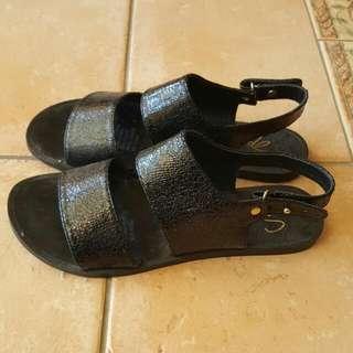 Black Sandals Size 7