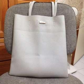 (保留)灰白 A4 皮革 手皮袋