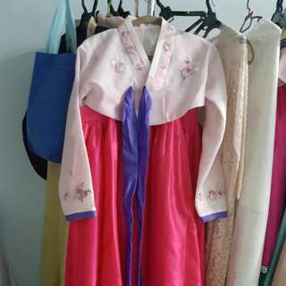 Bridal Hanbok With tasteful 3D embroidery