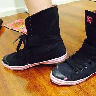 D&G Shoes Size 6