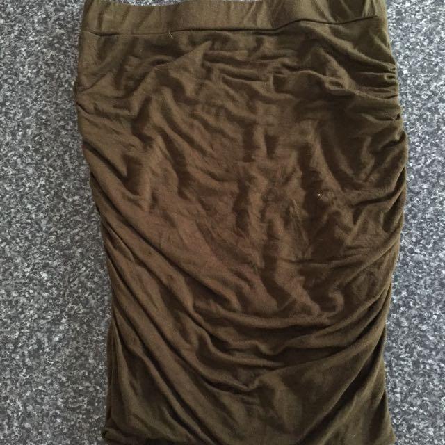Bardot size 8 Khaki skirt