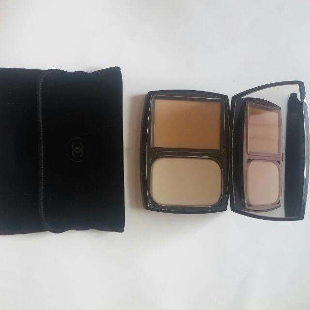 Bedak Chanel Vitalumiere Compact Douceur Shade 10 Beige New And 100% Original (Hand Carry)