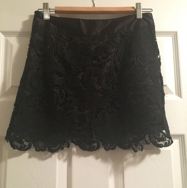 Black Lace Short Skirt With zipper Sz M