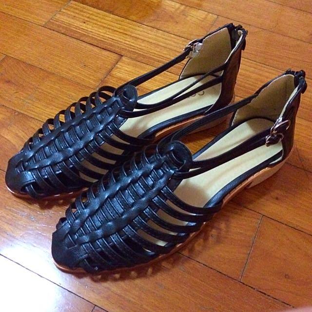 BN Strappy Sandals