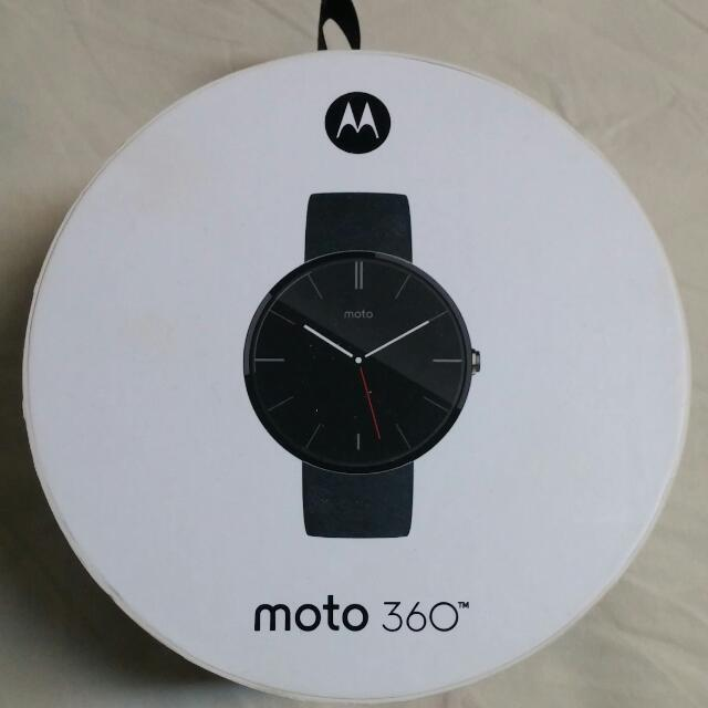 Brand New Moto 360 Smartphone Watch