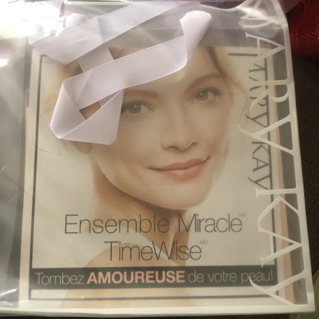 Ensemble Miracle Time Wise(*3in1 Cleanser-day Solution Sunscreen Sod 35-night Solution-age Fighting Moisturizer)