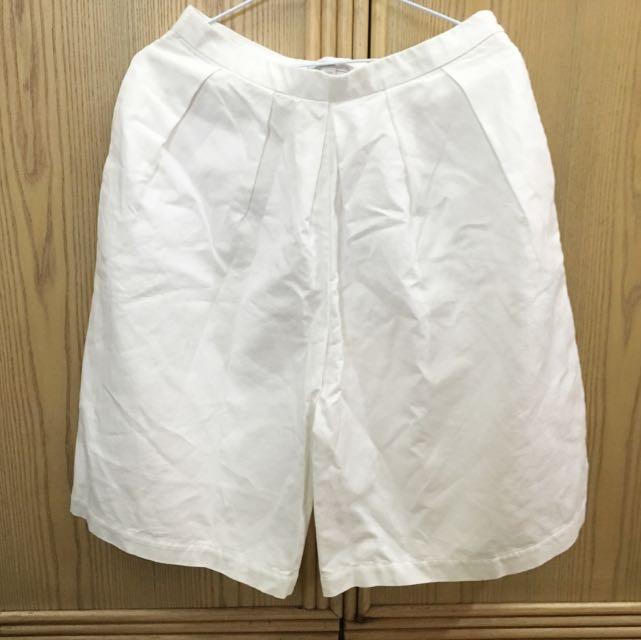 Gap 白色五分寬褲👖👖
