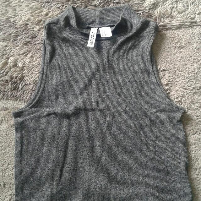H&M Divided Crop Tee Grey Xs
