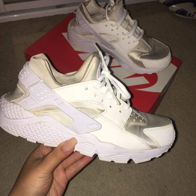 Nike Air Huarache (triple white)
