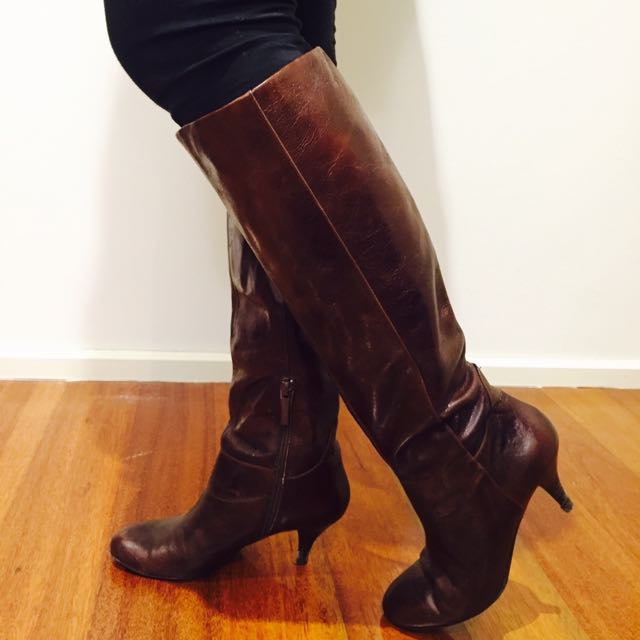 Nine West Brown Leather Boots Size 5.5