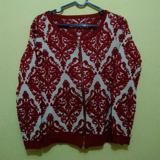 Red emboss Cardigan