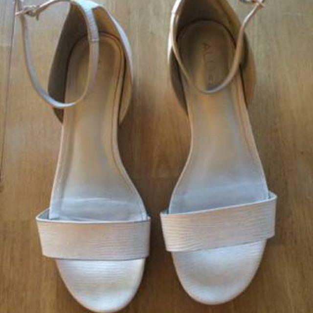 Size 8.5 Nude Aldo Shoes